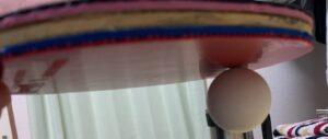 ラバーにボールがくっついている画像